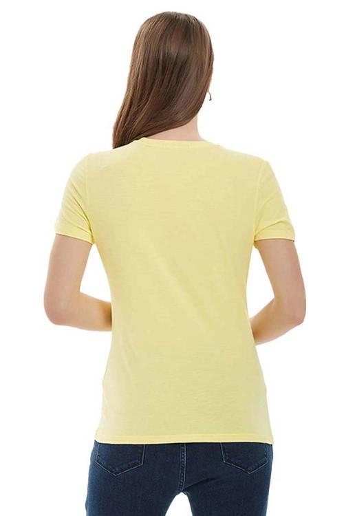 تيشيرت نسائي باللون الاصفر الحيوي