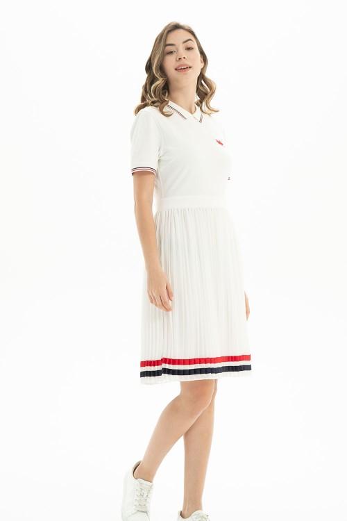 فستان بولو نسائي ابيض