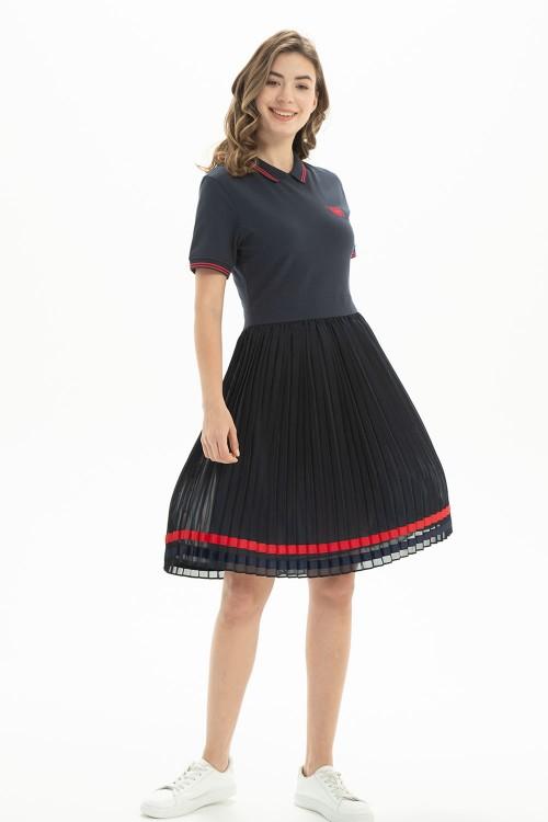 فستان بولو نسائي بلون كحلي