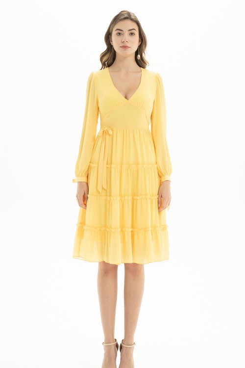 فستان نسائي لون اصفر