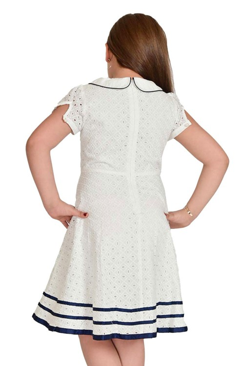 فستان بناتي ابيض