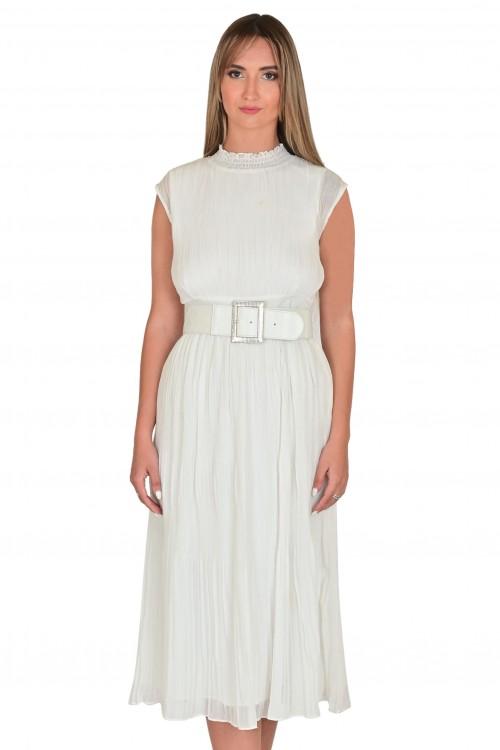 فستان نسائي لون ابيض