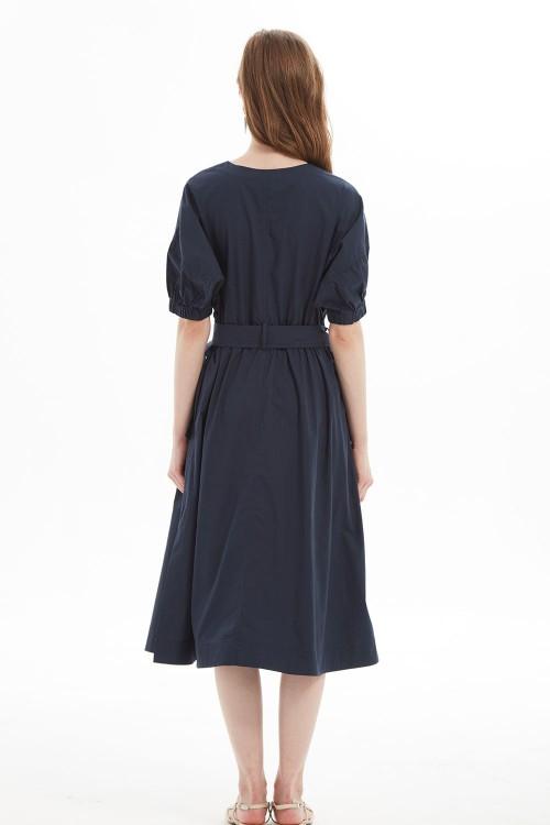 فستان اسود نسائي