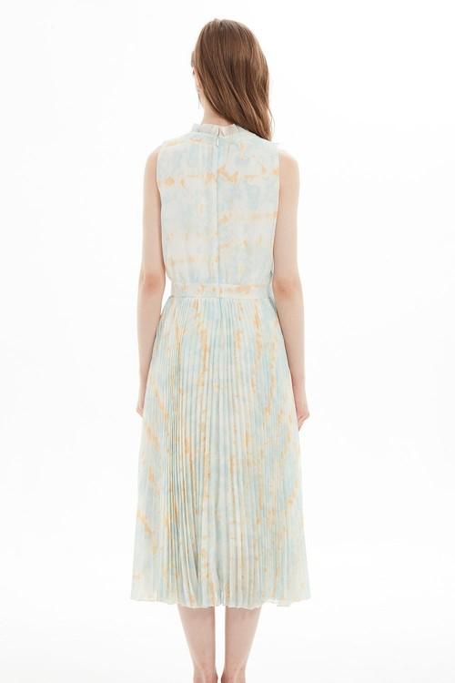 فستان نسائي لون ازرق فاتح