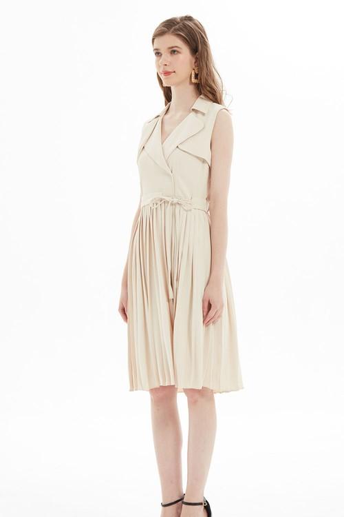 فستان نسائي لون مشمشي