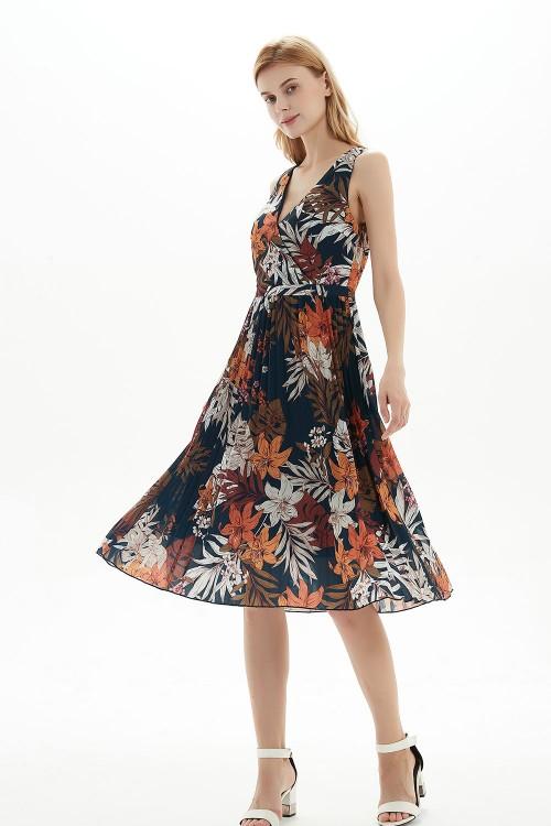 فستان نسائي بنمط زهري