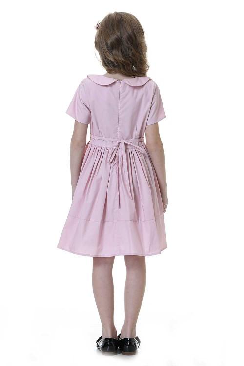 فستاني بناتي لون وردي