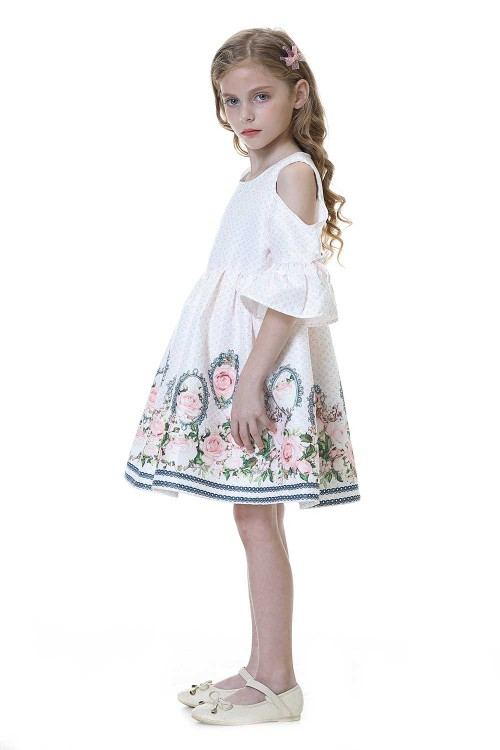 فستان بنات ابيض