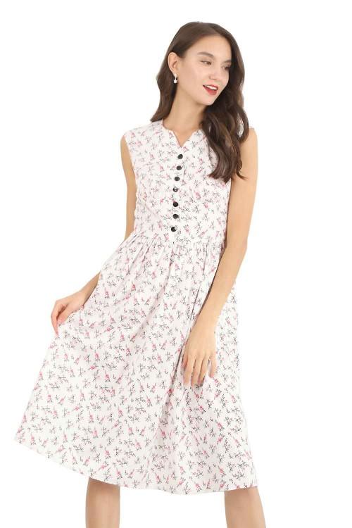 فستان نسائي قصير ابيض منقوش بدون اكمام
