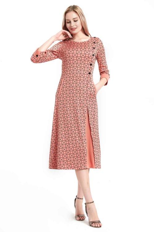 فستان نسائي لون وردي متوسط الطول