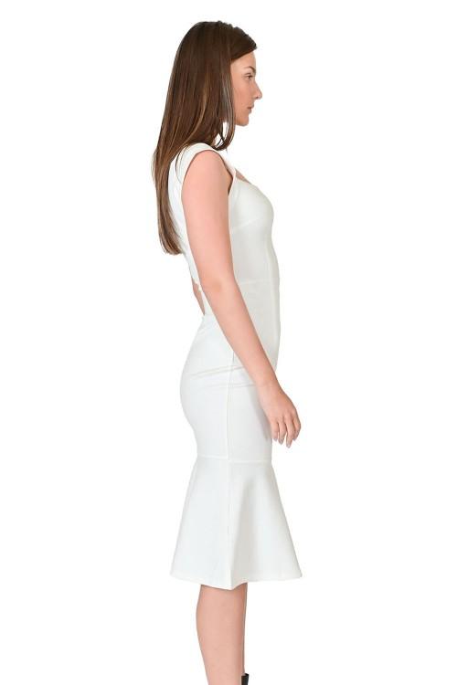 فستان نسائي ابيض مطفي