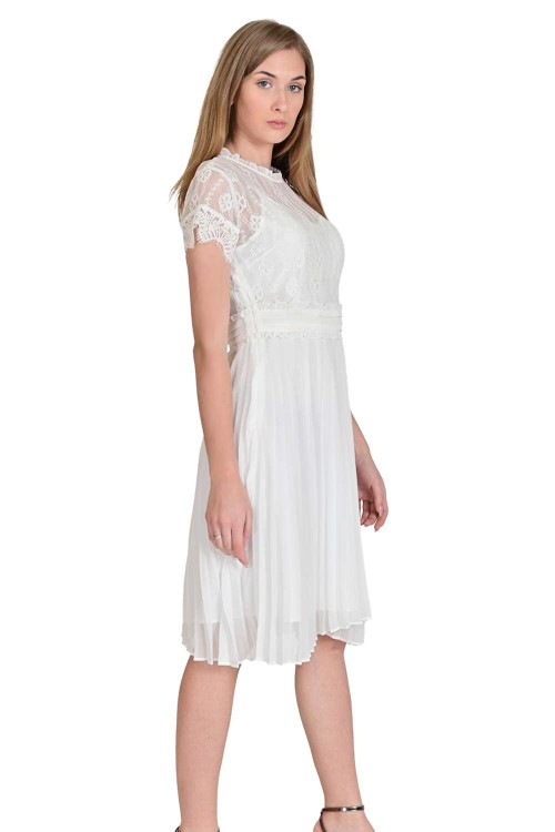 فستان نسائي كاجوال ابيض