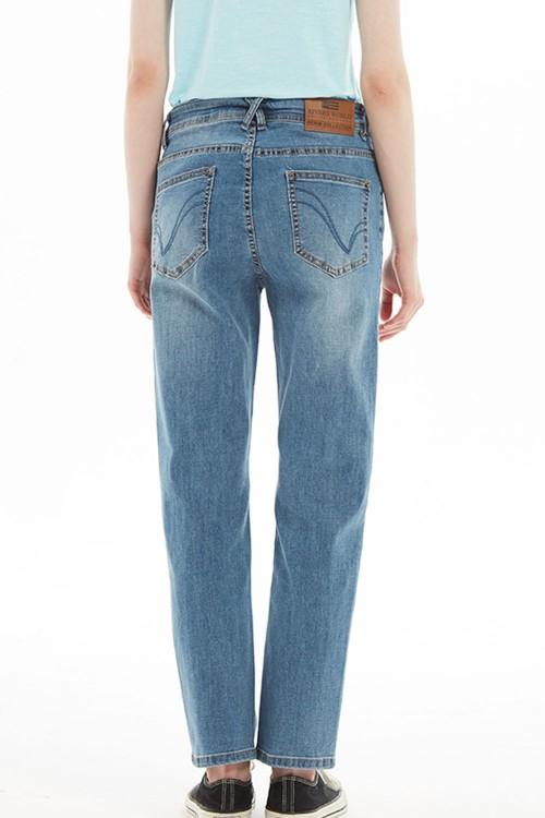 بنطلون جينز ازرق نسائي